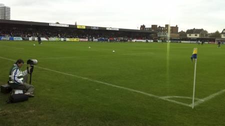 Kingsmeadow Stadium (Foto: TV 2/)