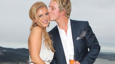 FORLOVET:   Petter Pilgaard og Mari Haugersveen planlegger nå å gifte seg om et og   et halvt år.