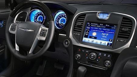 Selv navigasjonssystemer som er meget avanserte og integrert med svært mange andre av bilens systemer kan være forholdsvis greie å bruke. Det beviser blant annet Chrysler 300, som kom på tredjeplass i undersøkelsen.