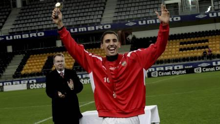 Mustafa Abdellaoue jubler for sølv med Tromsø. (Foto: Schrøder, Tor Erik/Scanpix)