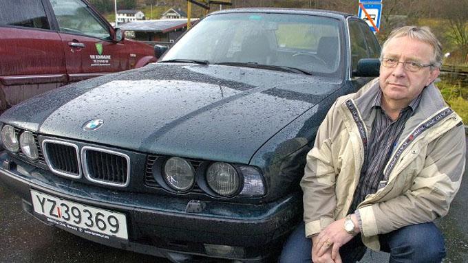 Den gamle BMW 540-en til Odd Rune Turvoll dukka opp på Finn.no. No er den 17 år gamle BMW¿en i dagleg bruk i Vik.