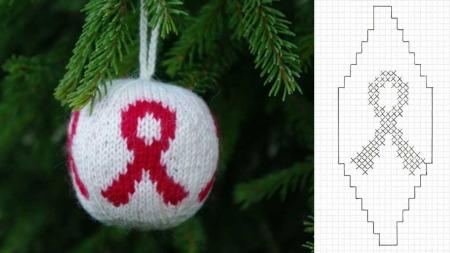 Strikk og donér en solidaritetskule til Hivfondet. 1.desember markeres aidsdagen over hele verden.  (Foto: verdensaidsdag.no)