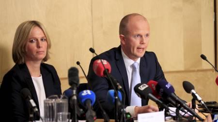 PRESSEKONFERANSE: På pressekonferansen gikk statsadvokat Svein   Holden Inga Bejer Engh inn på premissene for konklusjonen som kom fram   i den 243 sider lange rapporten fra psykiaterne Torgeir Husby og Synne   Sørheim. (Foto: Scanpix/)