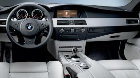 BMW M5 interiør.