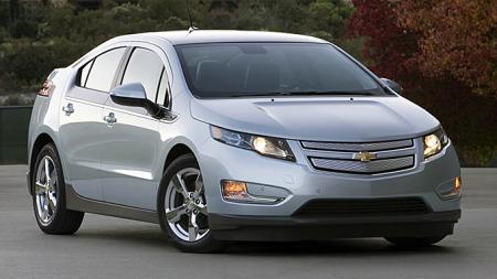 Drøyt 5.000 Chevrolet Volt er solgt i USA siden lanseringen, og det er ingen hemmelighet at det har gått tregere enn man hadde håpet. Dermed gjør man alt for å holde kundetilfredsheten oppe mens flokene utredes.