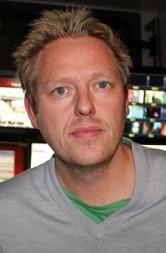 MINNEDAG: TV 2s Nyhetsredaktør, Jan Ove Årsæther, mener det   først og fremst er ofrenes og de pårørendes dag. (Foto: Håvard Solem/TV   2)