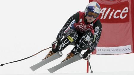 Lindsey Vonn knuste konkurrente i Lake Louise. (Foto: Claudio Scaccini/AP)