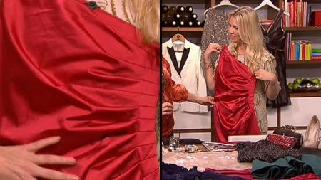 Silje Pedersen viser fram julens kjoler