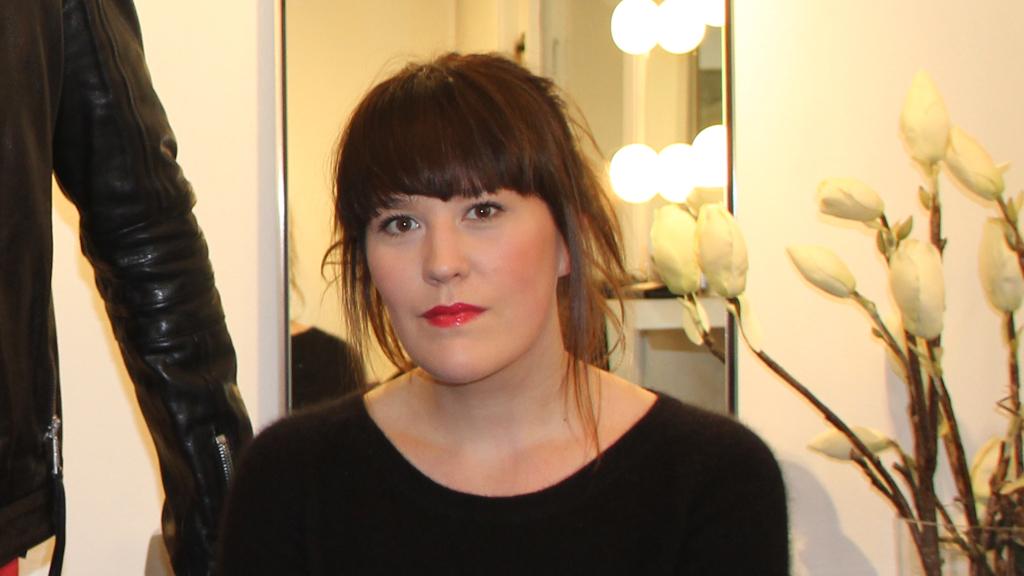 TRINN FOR TRINN: En enkel look med fokus på leppene. Denne gjør du hjemme foran speilet på 20 minutter!