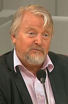 FOR PUBLISERING: Generalsekretær i Norges Presseforbund, Per   Edgar Kokkvold, mener det er riktig å publisere rapporten om Breivik.   (Foto: TV 2)