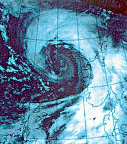 Orkanen treffer Norge 1. januar 1992. (Foto: Met.no)