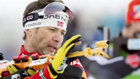 Ole Einar Bjørndalen var bare 0,2 sekunder unna seier på lørdagens jaktstart i Hochfilzen. (Foto: Lien, Kyrre/Scanpix)