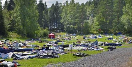 Opprydningmannskapene stod overfor en formidabel jobb etter terrorangrepet på Utøya 22. juli. Slik så det ut etter at ungdommene hadde forlatt teltleiren i panikk.  (Foto: Kripos)
