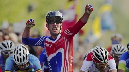 VM-gull: Mark Cavendish jubler for gull under sykkel-VM i København. (Foto: John Giles/Pa Photos)