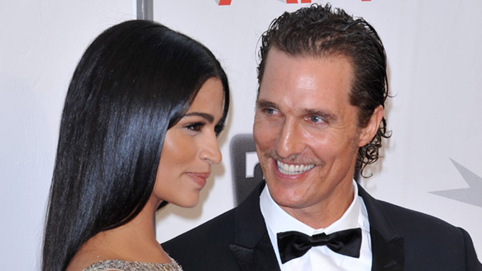 McConaughey og dama (Foto: Chris DELMAS / VISUAL Press Agen,  © SEB)