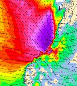 Her blåser det mest klokken 01 natt til mandag. (Foto: StormGeo)
