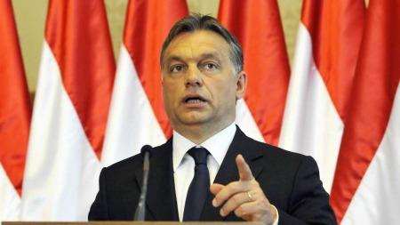 VIL HA MAKT: Statsminister Viktor Orban og partiet Fidesz hamrer   gjennom endringer som bekrymrer en hel verden. (Foto: Scanpix)