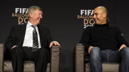 Topp-managerene Sir Alex Ferguson og Pep Guardiola sammen før utdelingen av Gullballen 2011. (Foto: FRANCK FIFE/Afp)