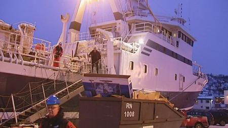 VINTERTOKT: Forskningsskipet Helmer Hanssener klarfor vintertokt til polhavet nord for Svalbard.