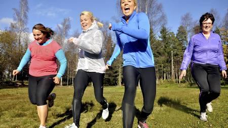 FETT NOK: Halvor Lauvstad og Anne Marte Handal Sneve er aktuelle med boken Maks fettforbrenning på 8 uker, der de går langt i å love deg en strammere kropp om du trener smart. (Foto: André Martinsen/)