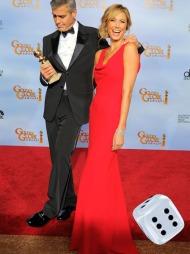 MED CLOONEY SOM TILBEHØR: Stacy Keible ankom den røde løperen med ingen ringere enn George Clooney som tilbehør...