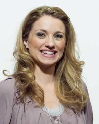 TV 2-værpresentatør May Lisbeth Myrvang spiller Wordfeud med   venner og kollegaer. (Foto: Scanpix)