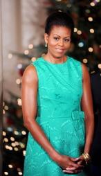 STILIKON: Michelle Obama er kjent for sin personlige stil og   gode motesans, og sammeliknes gjerne med tidligere førstedame Jackie   Kennedy.