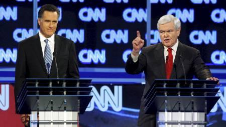 KLIKKET: Newt Gingrich reagerte kraftig på det personlige åpningsspørsmålet. Mitt Romney ser ikke misfornøyd ut. (Foto: JASON REED/Reuters)