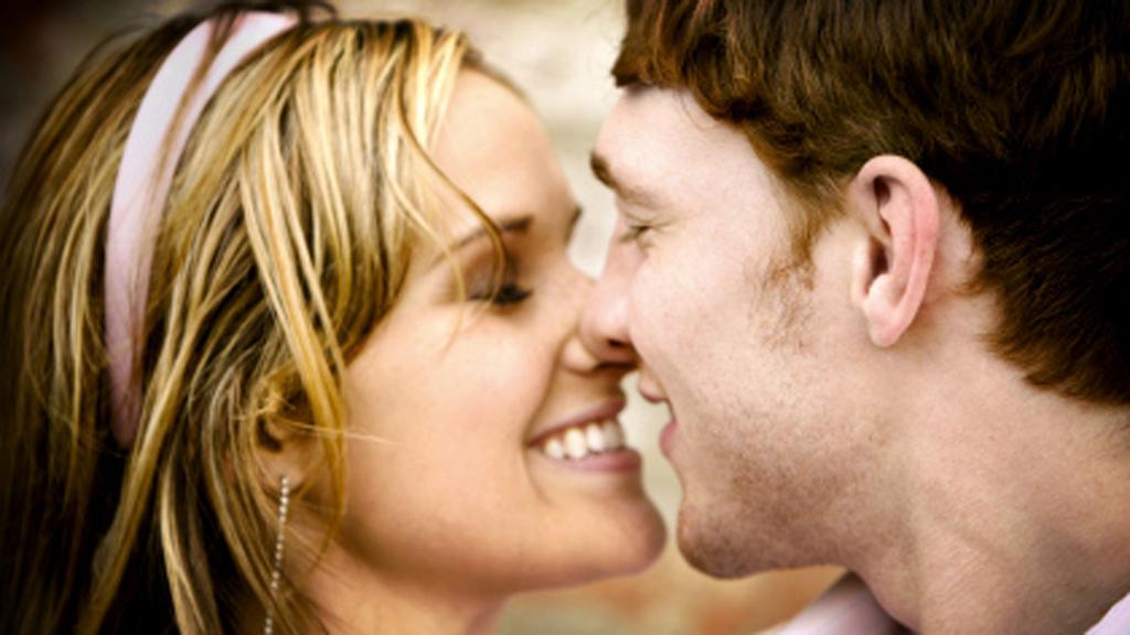 tv2 hjelper deg kontakt kvinne søker par