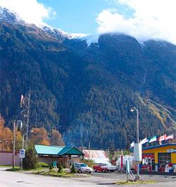 Stweart er ikke store byen, men fjellene er imponerende. (Foto: Creative Commons)