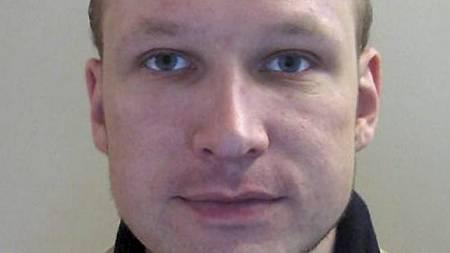 TERRORSIKTET: Anders Behring Breivik ble erklært ikke strafferettslig tilregnelig av de to første rettsoppnevnte psykiaterne. Nå skal han vurderes på ny. (Foto: Politiet/Scanpix)