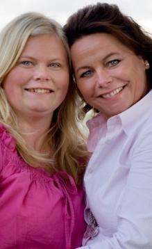 Anneline har med moren Anja på turen som ledsager.