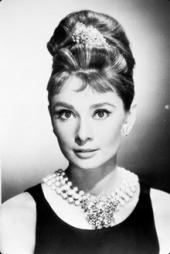 MOTEIKON: Audrey Hepburn skapte motehistorie med «den lille sorte» i rollen som  Holly Golightly i filmen «Breakfast at Tiffany's» fra 1961. Nå skal den ikoniske kjolen på utstilling.