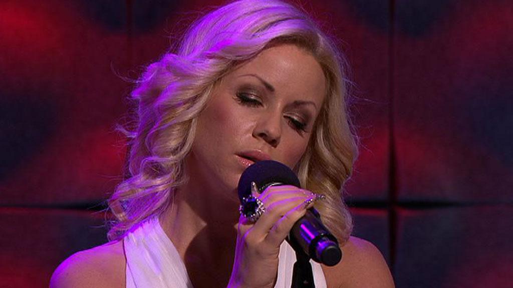 Lene Alexandra synger jazz. (Foto: God morgen Norge)