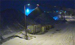 Onsdag var det vått på bakken, torsdag er den hvit igjen. (Foto: Store Norske )