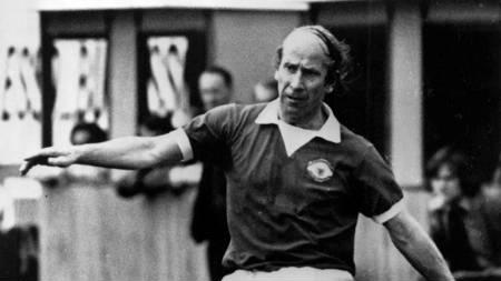 Bobby Charlton spilte sin siste ligakamp for Manchester United mot nettopp Chelsea i 1973. (Foto: NTB-ARKIV/SCANPIX/SCANPIX)