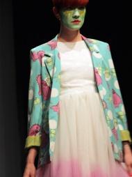 MONSTERPRINSESSE: Tyll, pasteller og monstre var gjennomgående elementer i Fam Irvolls visning under Oslo Fashion Week.
