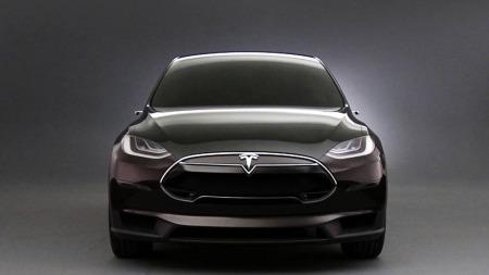Tesla Model X forfra