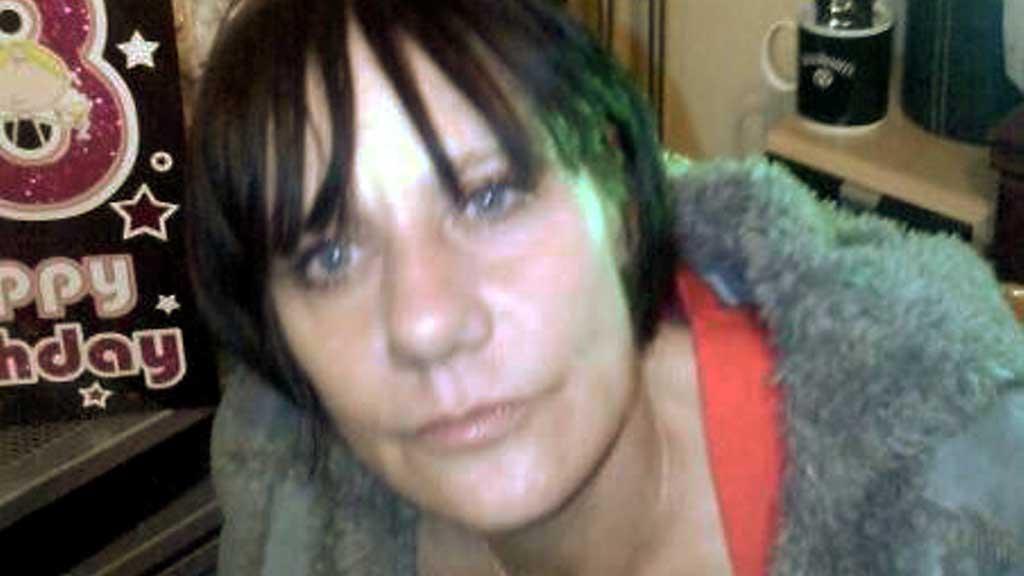 DREPT: Cassandra Smith ble drept av en rasende hund foran sine egne barn. (Foto: SWNS)