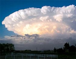 I 2004 falt det fem cm store hagl over Chaparral i New Mexico fra denne tordenskyen. (Foto: Wikimedia Commons)