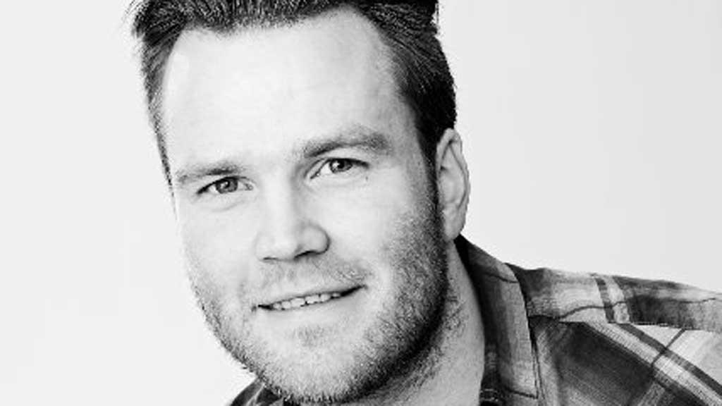 Lornts Øystein Tønne valgt å bruke sin erfaring til å hjelpe andre unge etterlatte gjennom Unge LEVE.  (Foto: Privat)