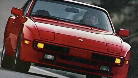 Som for en del andre Porsche-modeller måtte det modifikasjoner til for å få bilene til å oppfylle kravene til kollisjonssikkerhet i USA. Store