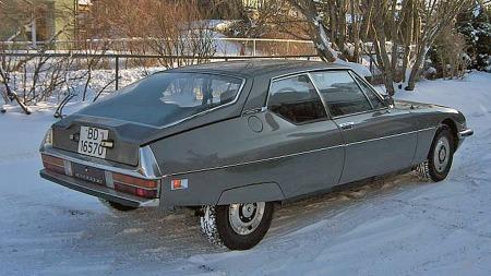 Å si at SM var ulik alle andre GT-coupeer i design er ingen overdrivelse. Kileformen var utpreget, slektskapet med DS tydelig, og detaljene hver for seg så spesielle at man glemte forhjulsdriften - som heller ikke var vanlig på en slik bil.