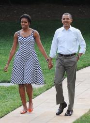 Michelle Obama trekkes frem som en av dem som klarer balansen   mellom å være opphøyd og folkelig veldig bra. (Foto: UOI/BIGPICYURESPHOTO.COM,   ©BIGPICYURESPHOTO.COM)