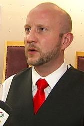 Statsadvokat Geir Evanger sier aktoratet ser på fatwaene til Krekar som svært alvorlige trusler.  (Foto: Ola Thingstad)