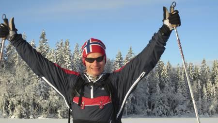 ALDRI FOR SENT: I 2004 ble han nummer 522 i sin klasse og brukte nesten fem og en halv time. Nå går Nils Robert Hodnesdal dobbelt så fort på ski og debuterer i eliteklassen under Birkebeinerrennet 2012. (Foto: Privat/)