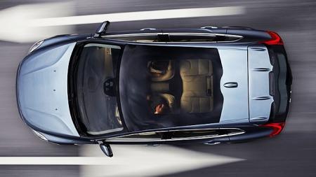 Volvo-V40-ovenfra