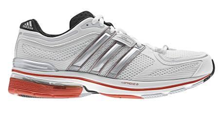 TYNGST: Adistar Salvation 3 er den tyngste skoen i testen, men testløperne likte likevel løpsfølelsen godt. (Foto: Löplabbet/)