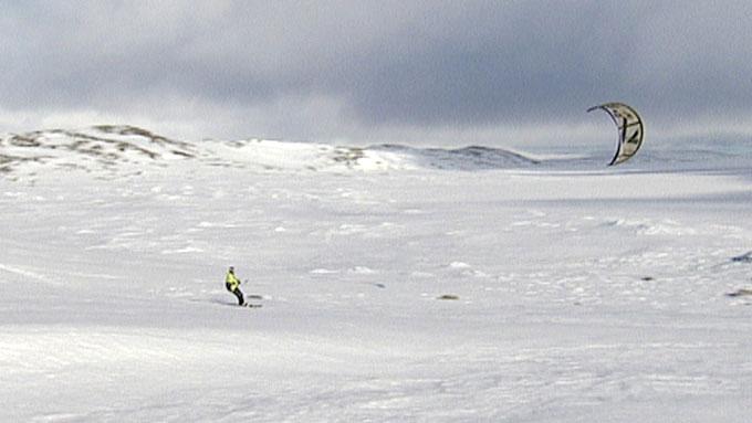 POLULÆRT: Folk flokker til Haugastøl for å prøve lykken i vinden.  (Foto: Svein Inge Solheim/TV 2)