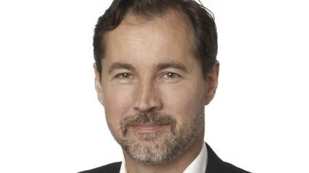 VIL FORTSETTE: Kommunikasjonsdirektør Richard Kongsteien i Widerøe er klar på at flyselskapet ønsker å fortsette å fly konsesjonsrutene. (Foto: Widerøe/)